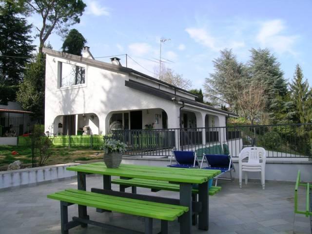 Villa in Vendita a Castell'Alfero