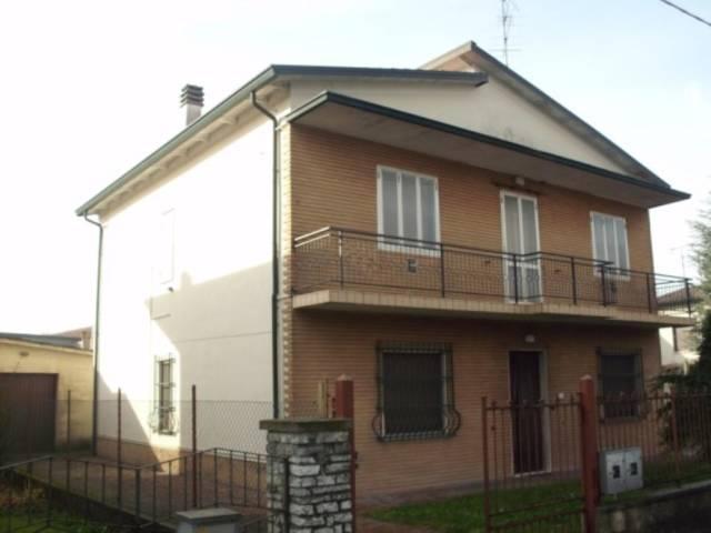 Villa in vendita a Gazoldo degli Ippoliti, 6 locali, prezzo € 205.000 | Cambio Casa.it
