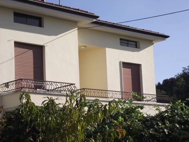 Appartamento in affitto a Castronno, 2 locali, prezzo € 400 | Cambio Casa.it