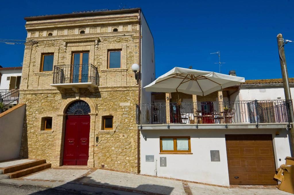 Villa a schiera 6 locali in vendita a Ortona (CH)