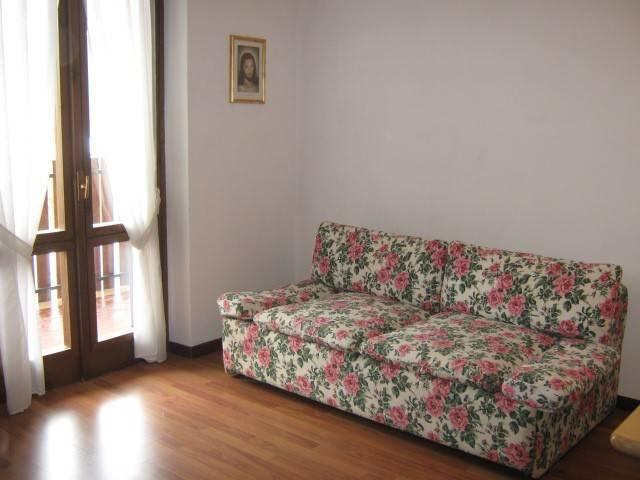 Appartamento in buone condizioni arredato in vendita Rif. 4833569