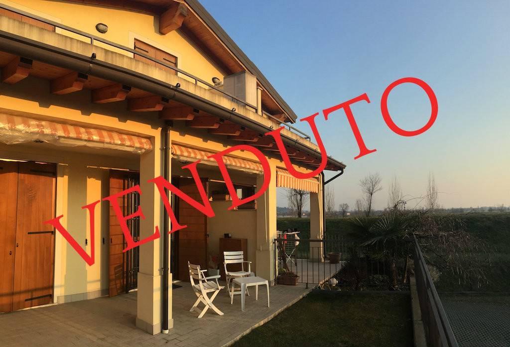 Appartamento in vendita a Gussago, 2 locali, prezzo € 115.000 | CambioCasa.it