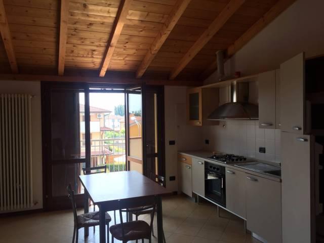 Appartamento arredato in affitto Rif. 5089324
