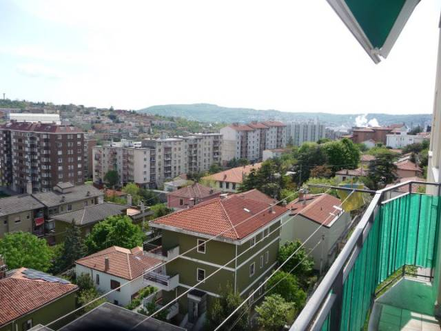 Bilocale Trieste Via Dei Vigneti 13