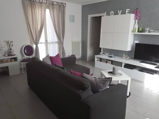 Appartamento in ottime condizioni arredato in vendita Rif. 4588329