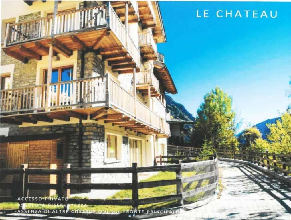 Appartamento in vendita a Prè-Saint-Didier, 3 locali, prezzo € 830.000 | CambioCasa.it