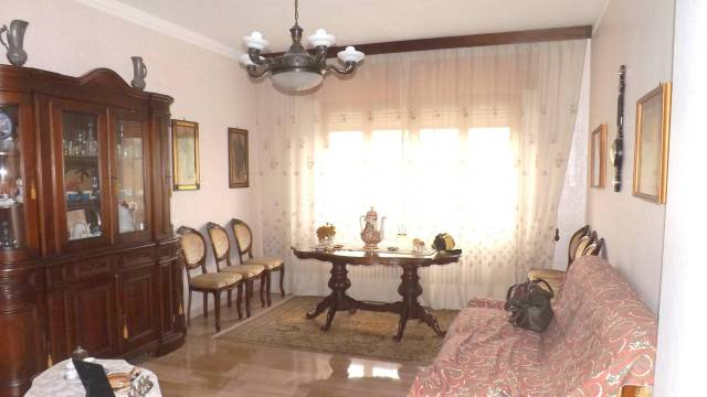 Appartamento in vendita a Prasco, 4 locali, prezzo € 57.000 | Cambio Casa.it