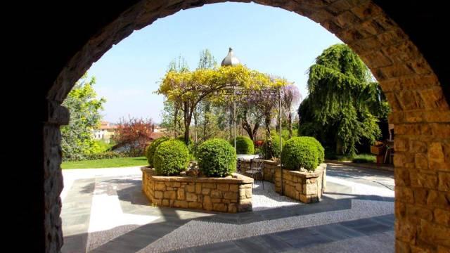 Villa in Vendita a Montevecchia