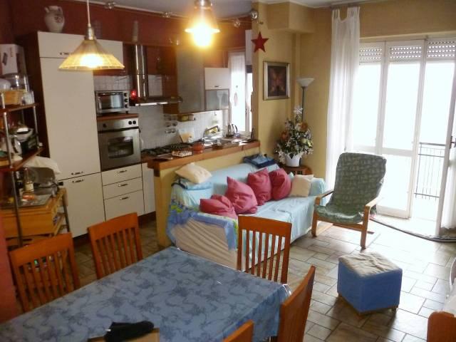 Appartamento in ottime condizioni in vendita Rif. 4333818
