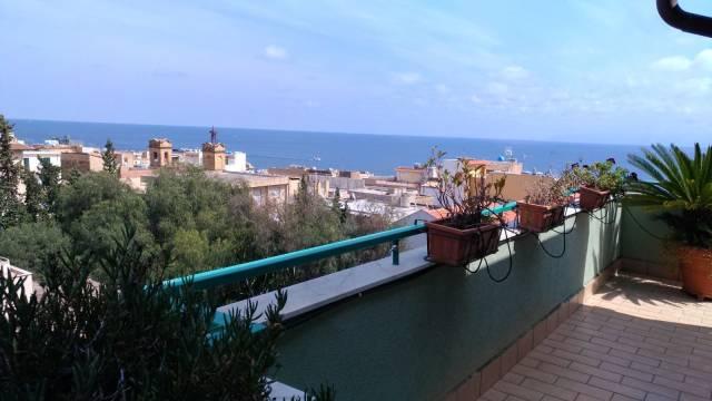 Attico / Mansarda in vendita a Santa Flavia, 4 locali, prezzo € 185.000 | Cambio Casa.it