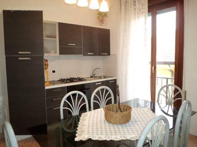 Appartamento in buone condizioni in vendita Rif. 4173866