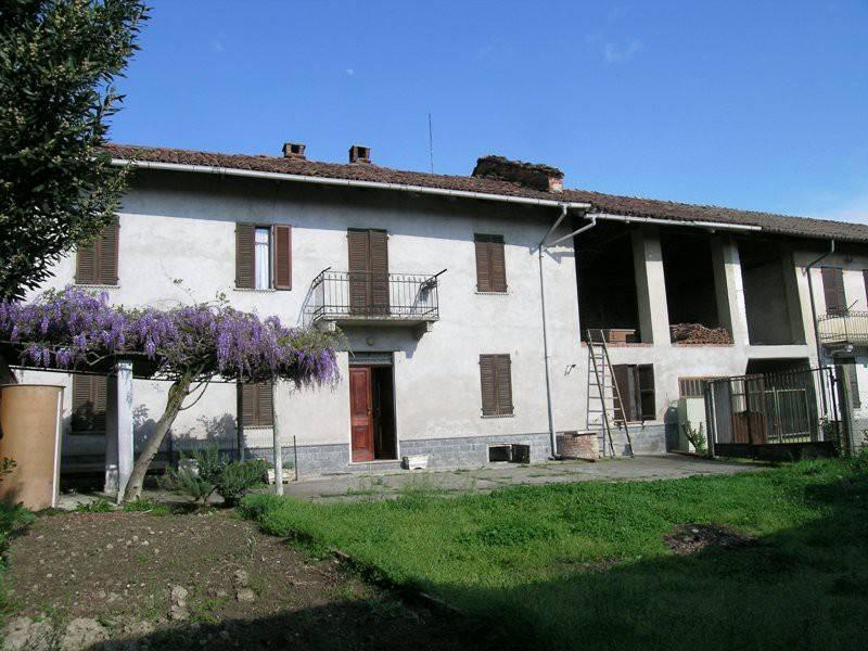 Soluzione Indipendente in vendita a Montiglio Monferrato, 5 locali, prezzo € 37.000 | PortaleAgenzieImmobiliari.it