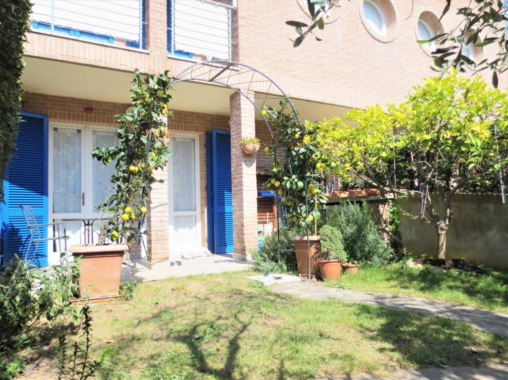 Appartamento arredato in vendita Rif. 8818496