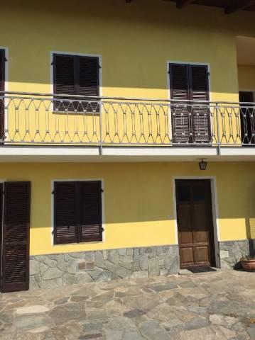 Appartamento in affitto a Cavour, 5 locali, prezzo € 450 | Cambio Casa.it