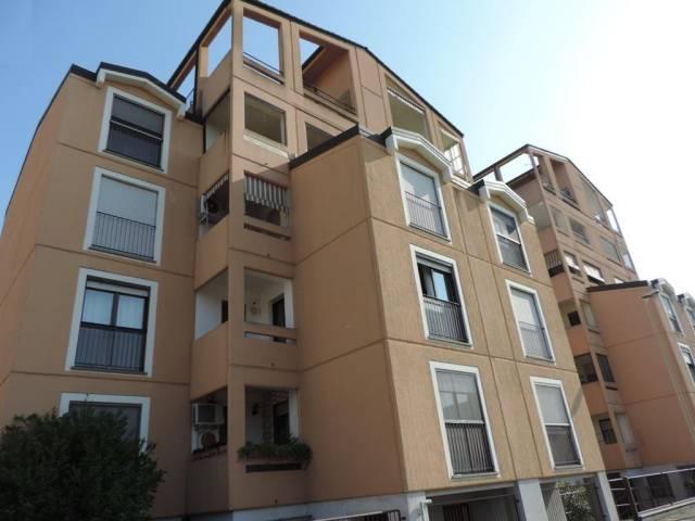 Appartamento in vendita a Vercelli, 4 locali, prezzo € 150.000 | CambioCasa.it