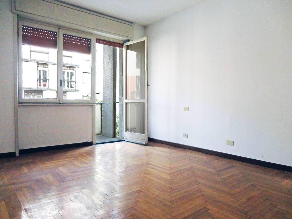Appartamento in Vendita a Milano 17 Marghera / Wagner / Fiera: 4 locali, 145 mq