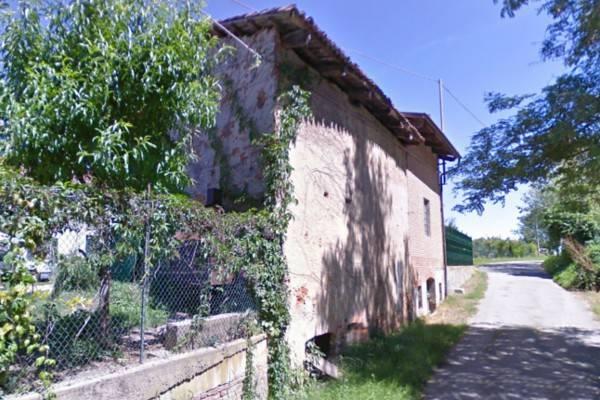 Rustico / Casale in vendita a Valfenera, 9 locali, prezzo € 70.000   PortaleAgenzieImmobiliari.it