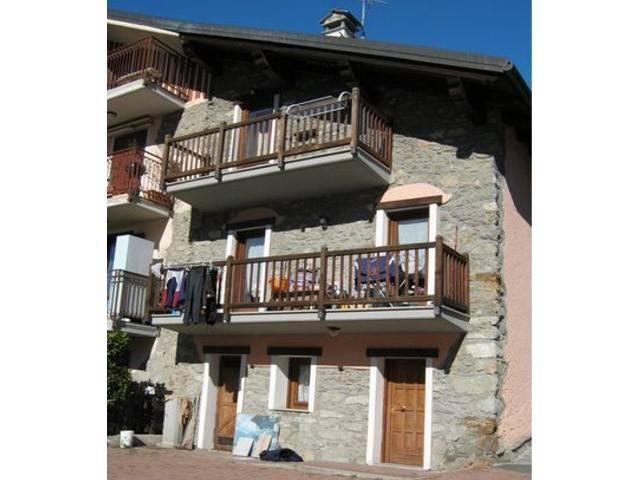 Appartamento in vendita a Quart, 4 locali, prezzo € 95.000 | Cambio Casa.it