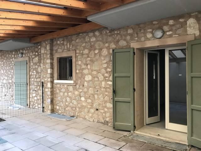 Soluzione Indipendente in vendita a Gussago, 4 locali, prezzo € 280.000 | Cambio Casa.it