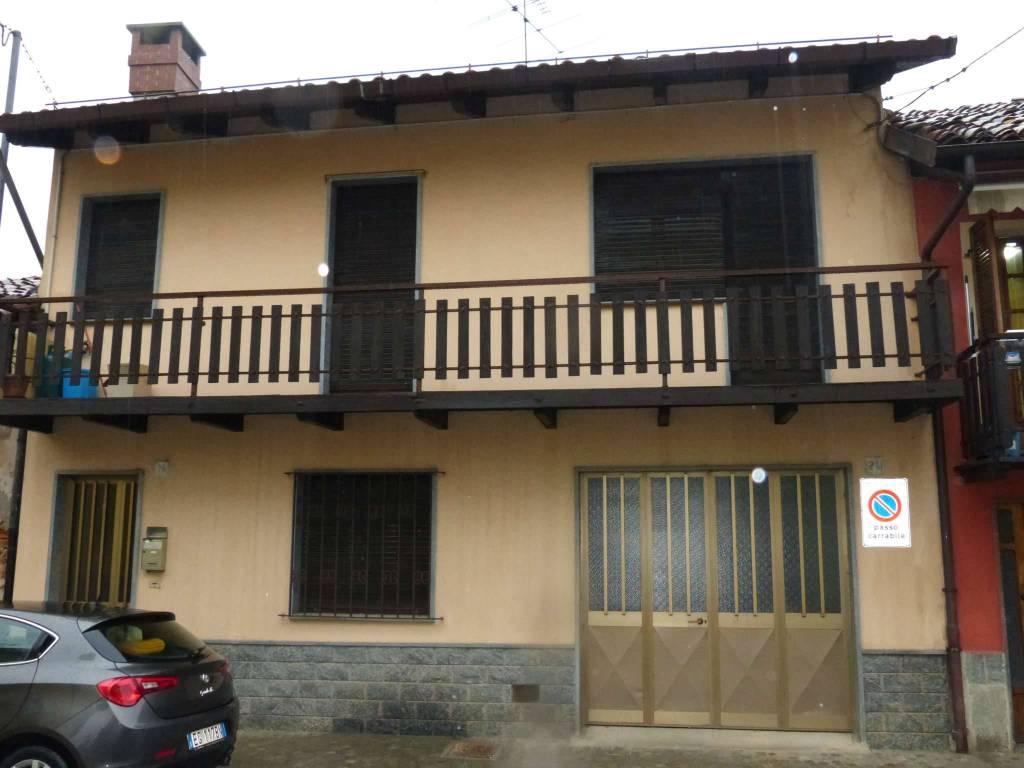 Foto 1 di Casa indipendente via Calandra 24, frazione Levaldigi, Savigliano