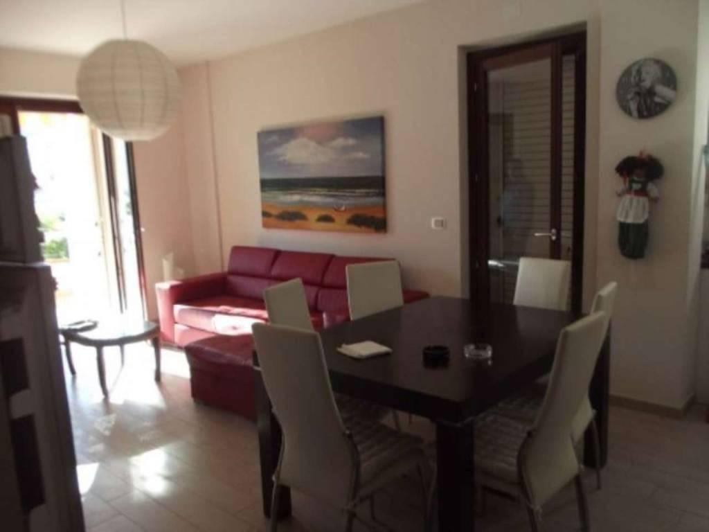 Appartamento in vendita a Tortoreto, 3 locali, prezzo € 175.000 | CambioCasa.it