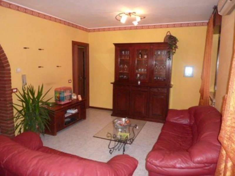 Appartamento in vendita a Mortara, 4 locali, prezzo € 120.000 | CambioCasa.it