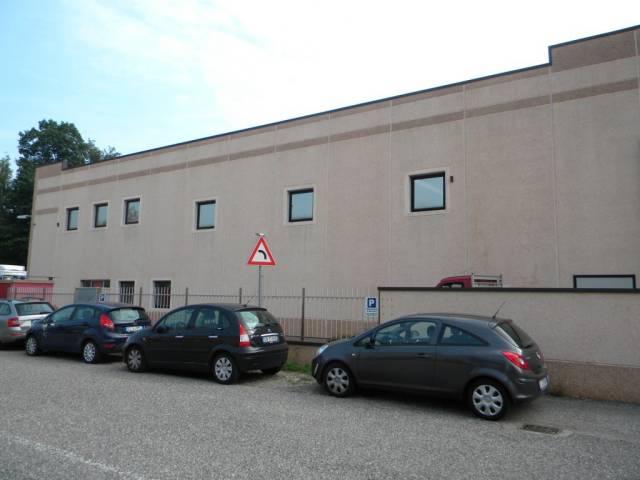 Capannone in affitto a Gorla Maggiore, 1 locali, prezzo € 2.083 | Cambio Casa.it