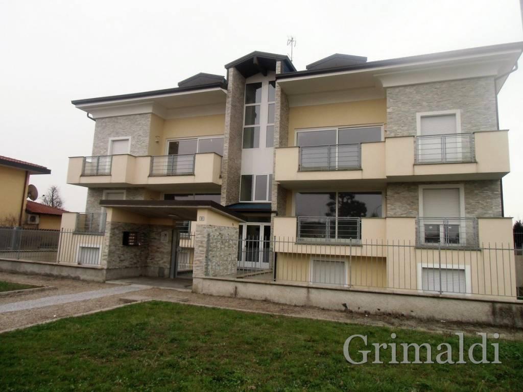 Appartamento in ottime condizioni in vendita Rif. 4343623