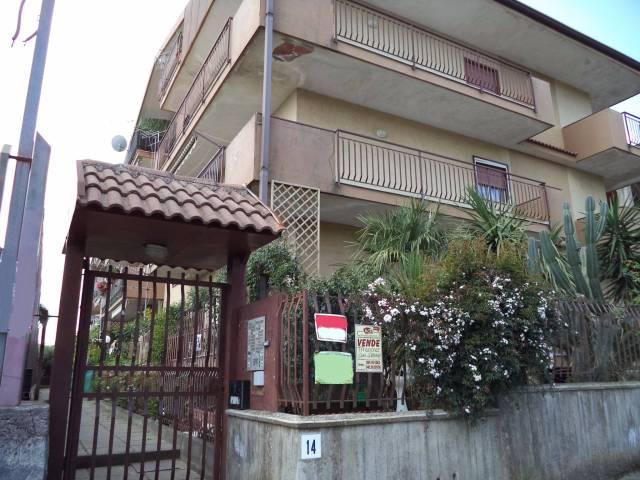 Trilocale con garage pressi Piazza Matteotti - Piedimonte!!