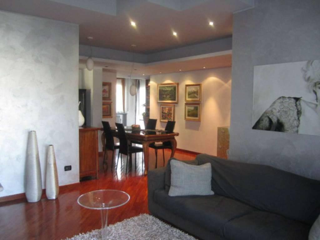 Villa in Vendita a Rescaldina