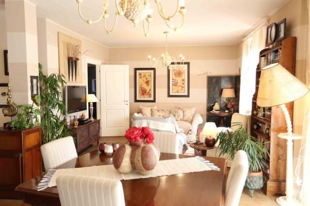 Villa in vendita a Massalengo, 6 locali, prezzo € 400.000 | Cambio Casa.it