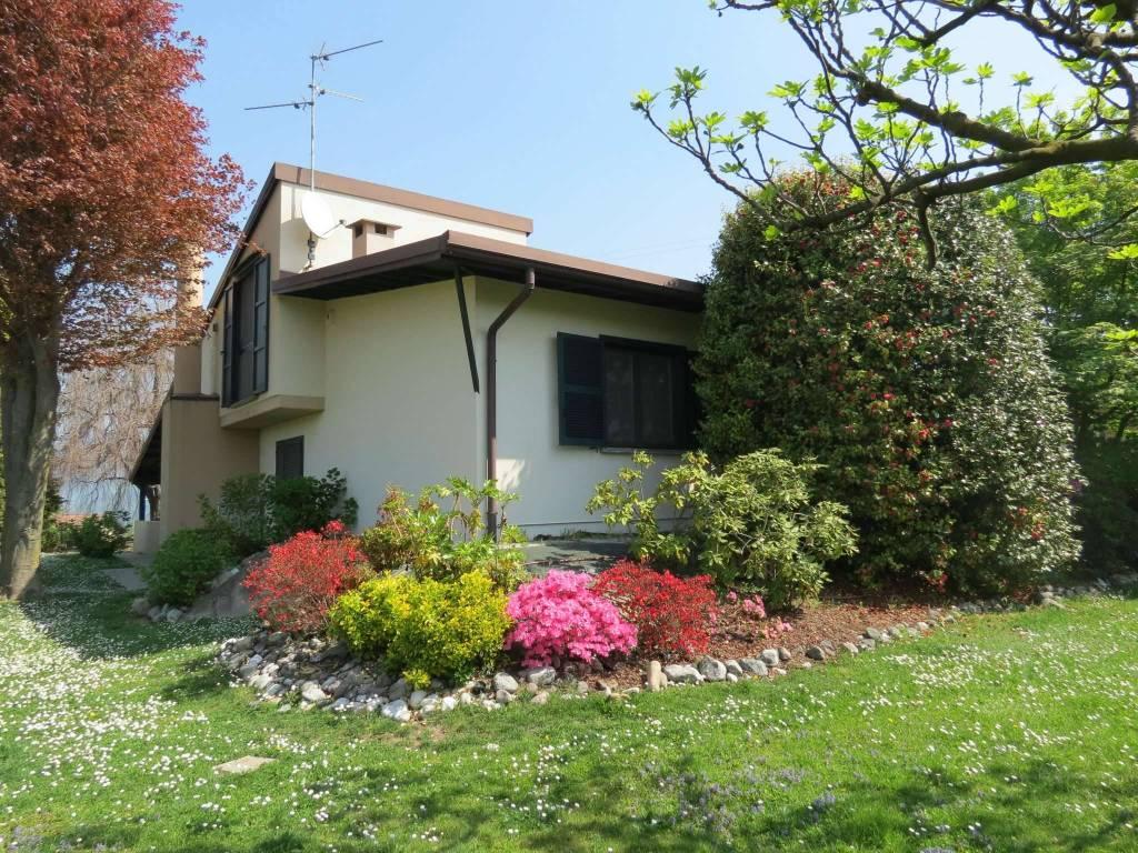Villa in ottime condizioni in vendita Rif. 8173411