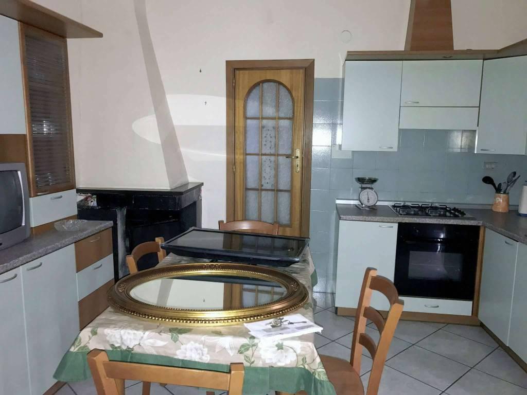 Appartamento in vendita via laura Casalnuovo di Napoli
