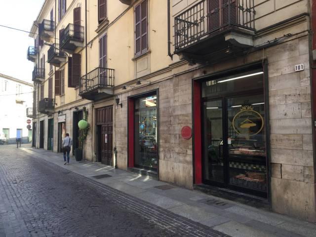 Negozio con due vetrine - Alessandria Centro Rif. 4239739