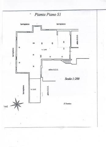 Box e posti auto in buone condizioni in affitto Rif. 4417006