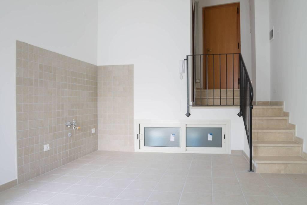 Appartamento in ottime condizioni in vendita Rif. 8776401