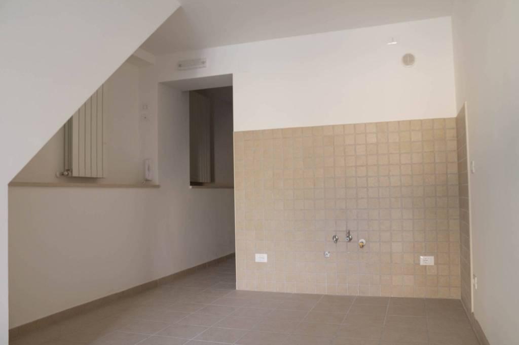 Appartamento in ottime condizioni in vendita Rif. 8776402