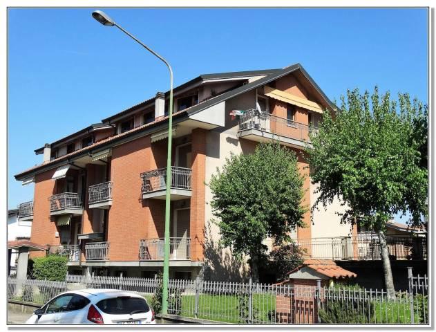 Appartamento in buone condizioni in vendita Rif. 4219638