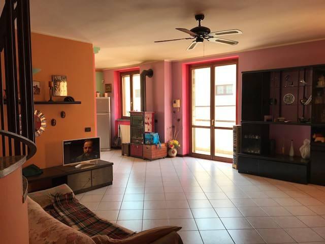 Appartamento quadrilocale in vendita a Livraga (LO)