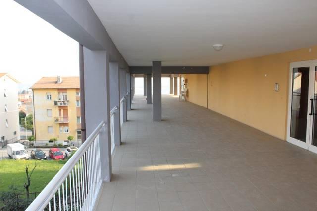 Appartamento da ristrutturare parzialmente arredato in vendita Rif. 4929110
