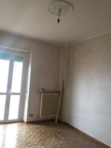 Appartamento in affitto a Pinerolo, 4 locali, prezzo € 330 | Cambio Casa.it