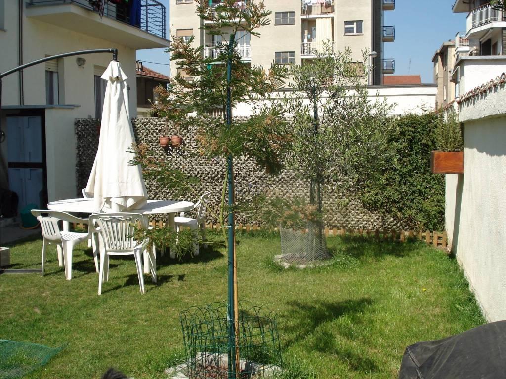 Appartamento in vendita a Beinasco, 3 locali, prezzo € 195.000   CambioCasa.it