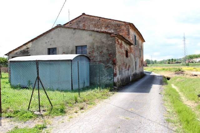 Soluzione Indipendente in vendita a Altopascio, 4 locali, prezzo € 180.000 | Cambio Casa.it