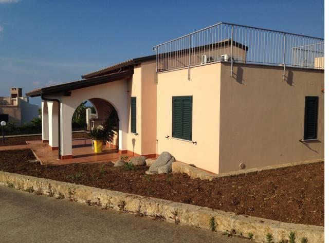 Villa in vendita Rif. 4390181