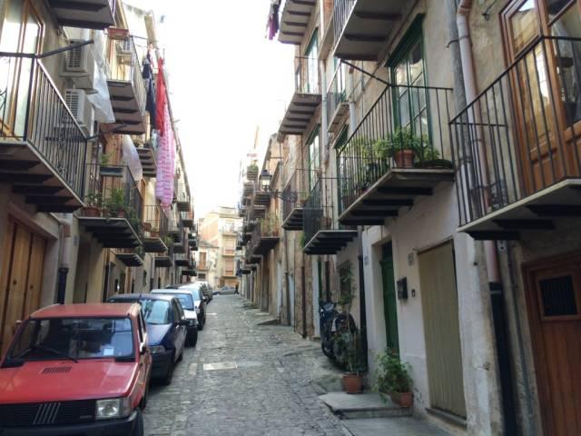 Palazzo in Vendita a Castelbuono Centro: 5 locali, 200 mq