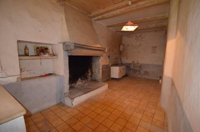 Appartamento da ristrutturare in vendita Rif. 7310408