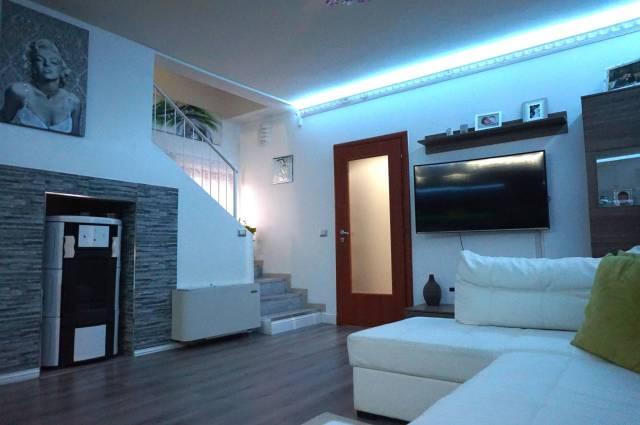 Villa in vendita a Leno, 3 locali, prezzo € 170.000 | Cambio Casa.it