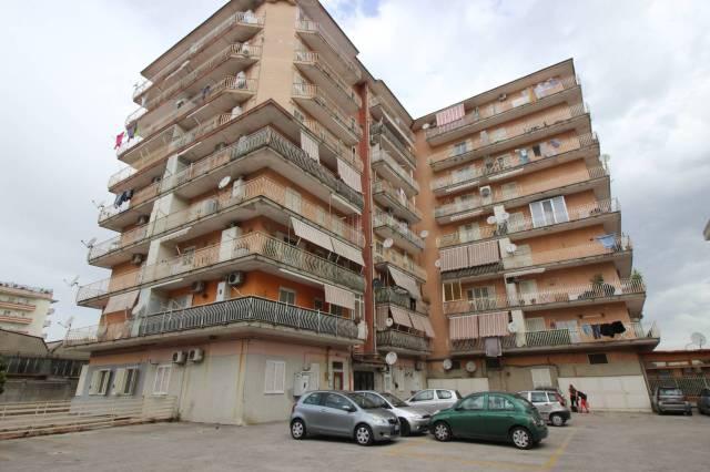 Appartamento in buone condizioni in vendita Rif. 4190084