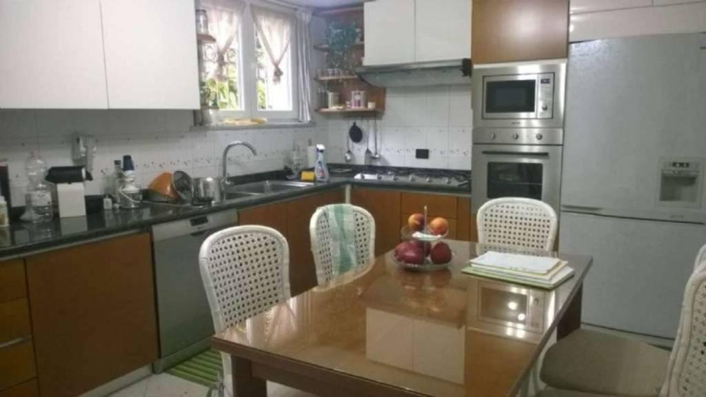 Villa in vendita a San Fermo della Battaglia, 7 locali, prezzo € 420.000 | PortaleAgenzieImmobiliari.it