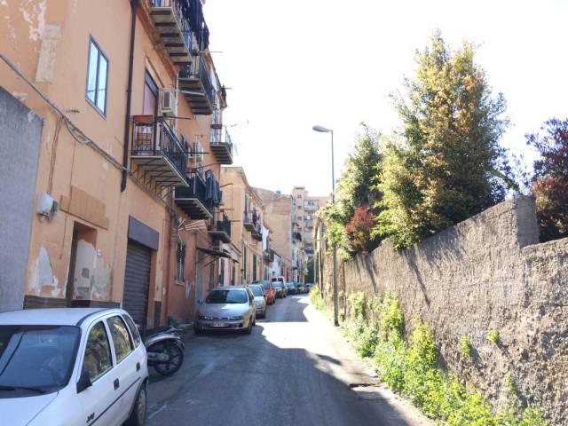 Immobile Residenziale in Vendita a Palermo  in zona Semicentro